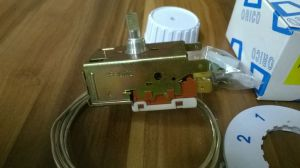 termostat chladnička K59 - délka kapiláry 1200 mm, teploty min. +3,5/-11, max. +3,5/-26 Whirlpool